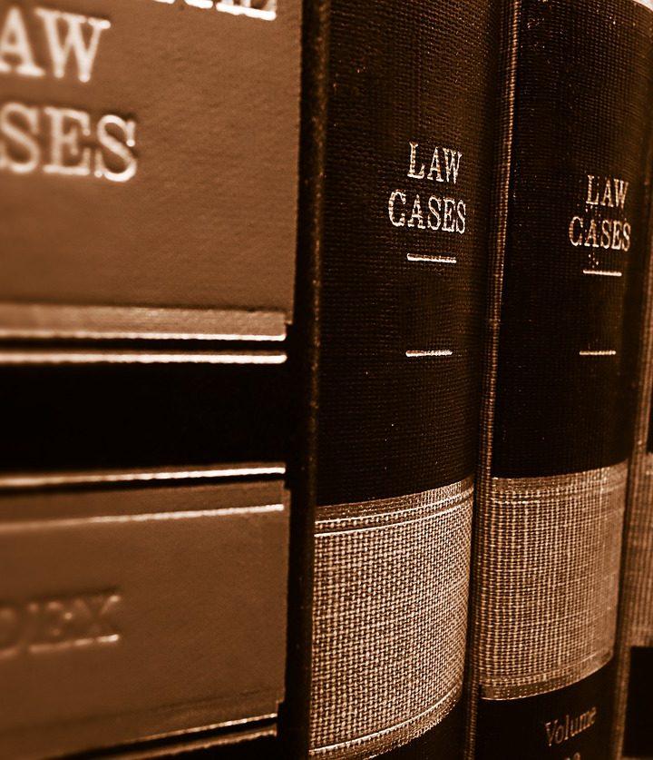 Poszukiwania odpowiedniego adwokata do sprawy