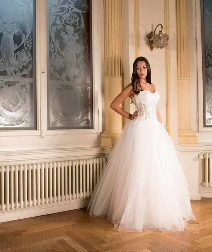 Szukasz odpowiedniej sukni ślubnej?