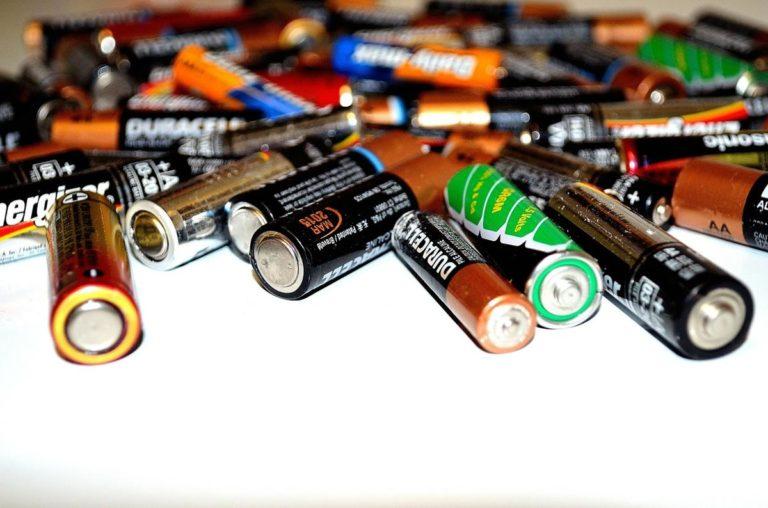 Akumulatory kwasowo-ołowiowe są powszechnie stosowane