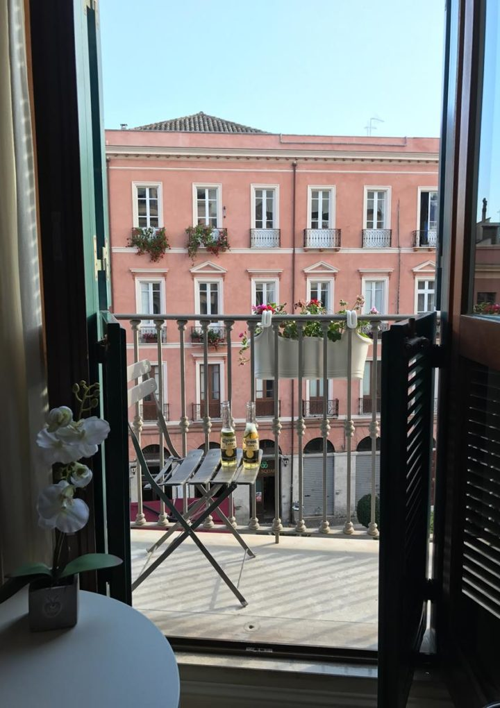 Producenci materiałów wykończeniowych do zastosowania na balkonach
