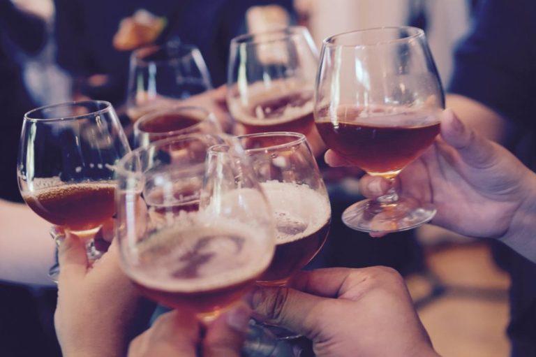 Czy na Wiśle w Krakowie można zorganizować imprezę na barce?