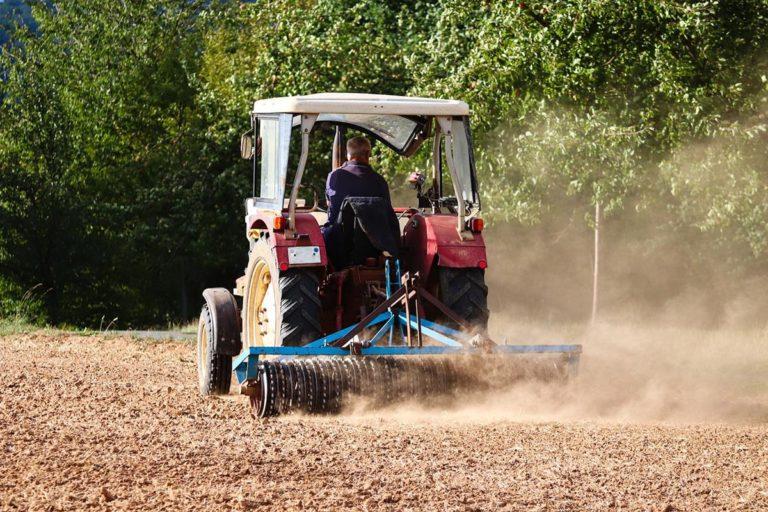 Jak otrzymać w dobrym stanie maszyny rolnicze